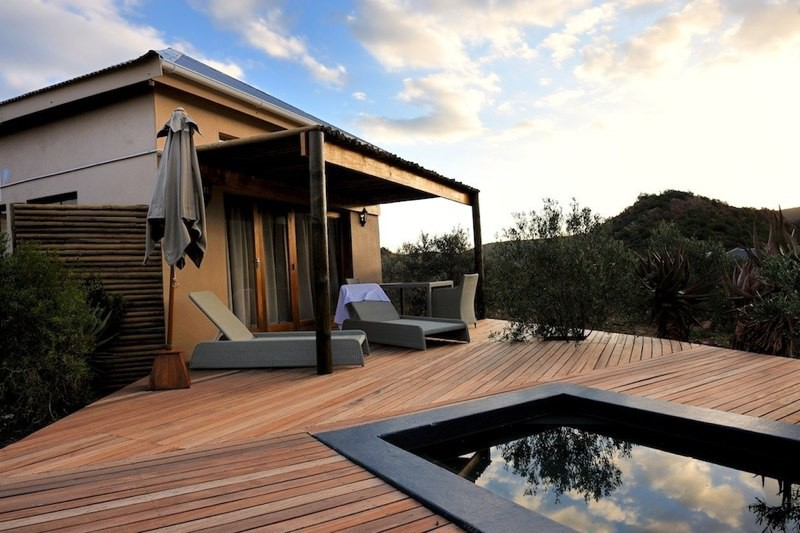 Mymering guest cottage.jpg